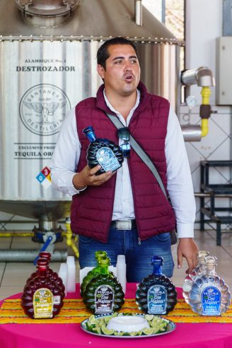 Tres Muejes distillery Tequila