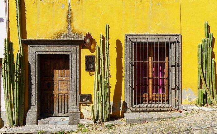 San Miguel de Allende painted streets Mexico
