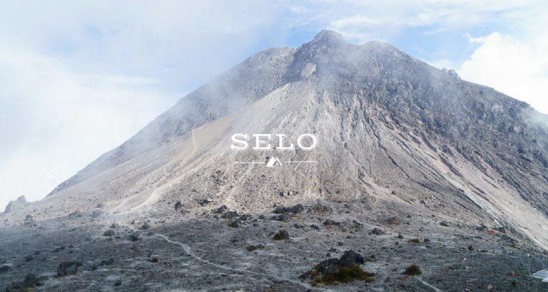 Hiking Mount Merapi in 15 Photos