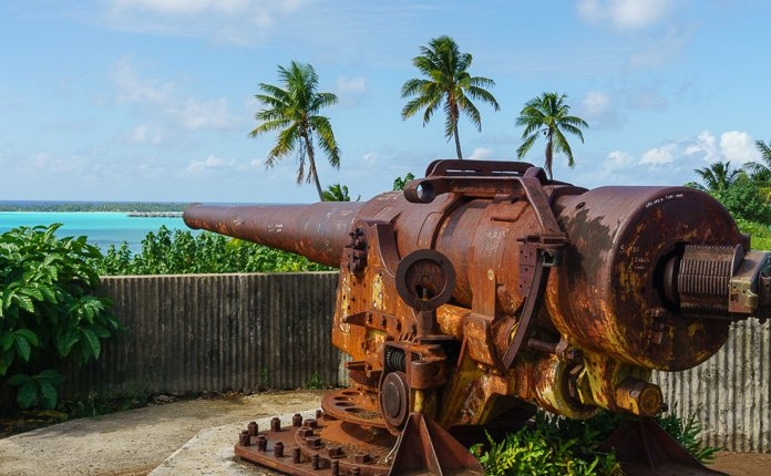 WW2 Cannon Bora Bora